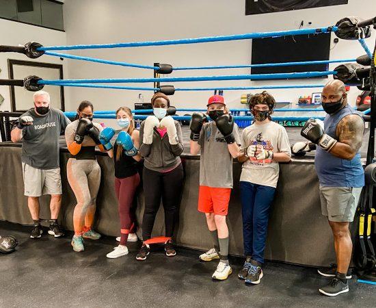 cardio-boxing-group-exercise-classes-gym-danbury-platinum-fitness